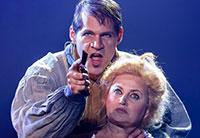 Sweeney Todd met succes verlengd