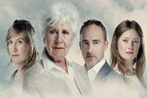 Anne-Wil Blankers met zoon in nieuw toneelstuk van Edwin de Vries en Mette Bouhuijs