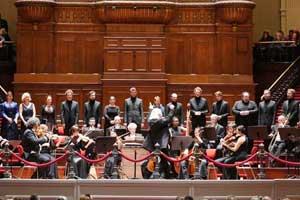Pieter Jan Leusink - Mozart Requiem & Krönungsmesse