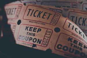 Advertentieban op ticketverkoper