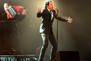 Olivier Laurent zingt Jacques Brel