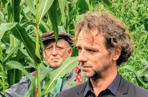 Hans Croiset samen met zoon in Beneden de Rivieren van Ger Thijs